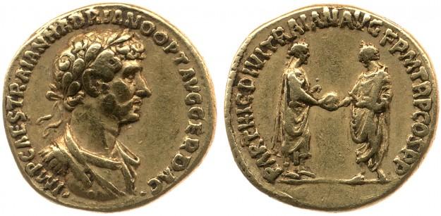 Gouden munt, 117. Op de munt buste Hadrianus; op keerzijde Trajanus die Hadrianus adopteert. Bron: followinghadrian.com